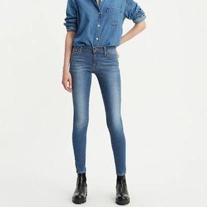 Levis 710 skinny jean